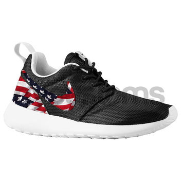 Intento Excepcional Crudo  Nike Roshe Run Black White American Flag from NYCustoms on Etsy