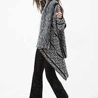 FOREVER 21 Abstract Geo Cardigan Black/Cream