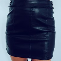 Take On The Night Skirt: Black