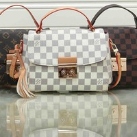 """Louis Vuitton"" Simple Fashion All-match Quilted Metal Chain Single Shoulder Messenger Bag"