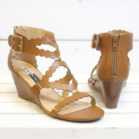 Scottie Scalloped Wedge Sandal {Tan} - Size 6.5