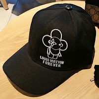 LV Fashion New Embroidery Letter Women Men Cap Fisherman Hat Black