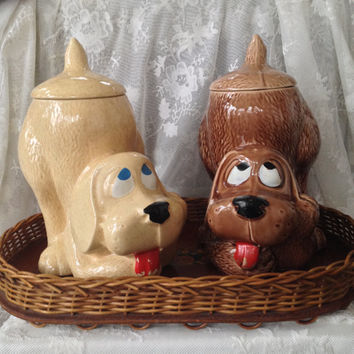 McCoy Thinking Dog, Treat, Biscuit, Cookie Jar, USA 1970s Collectible Kitsch Ceramic 0272, Ivory or Brown