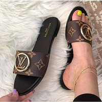LV Fashion casual slippers-1