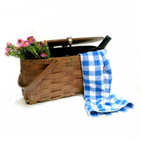 Split Oak Wine Picnic Basket Circa 1940s Leather Snap Closure Vintagte