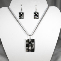Black and white Necklace and Earring Set, mosaic jewelry, square ceramic tiles, glass beads, gray neutral tone, pendant,  Art Deco style