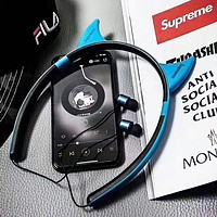 Supreme New fashion letter print couple wireless bluetooth noise cancelling headphones headset Blue