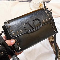 Valentino New fashion rivets leather shoulder bag crossbody bag Black