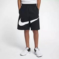 Nike latest stitching big hook shorts