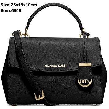 Michael Kros new Cambridge bag with crossed leather handbag shoulder bag Black