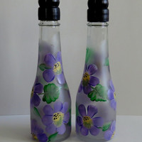 Salt and Pepper shakers, upcycled champagene bottles, outdoor kitchen, picnic shaker, table decor, Purple flowers