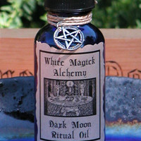 Dark Moon Ritual and Natural Perfume Oil - White Magick Alchemy . Banishing, Clearing, Reversals, Elemental Magick, Divination, Shadow Works