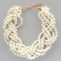 Princess Sophia Pearls Necklace