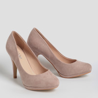 Lady Luck Pumps
