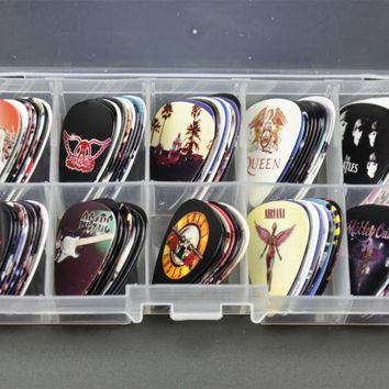 New 100pcs Medium Guitar Picks Plectrums Rock Bands GNR The Beatles QUEEN  ACDC LED Zeppelin With Box