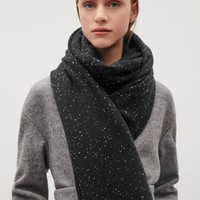 Speckled cashmere scarf - Black - Hats, Scarves & Gloves - COS US