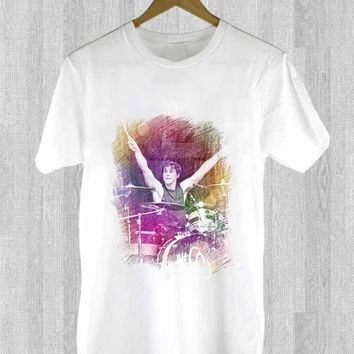 Ashton Irwin 5 SOS design for T Shirt Mens and T Shirt Girls