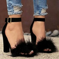 New Large-sized Rabbit Hair Sandals and Woman Hair Shoes
