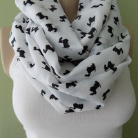 SALE !Dog Pattern  Infinity scarf, Dog Scarf, Circle scarf, Gift Ideas For Her,Spring -Summer - Fall -Winter scarf,wide scarf,Christmas gift