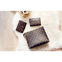 LV Louis Vuitton Popular Classic Women Makeup Bag Men Office Bag Leather Handbag Wrist Bag Purse Wallet