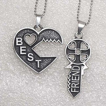 Friendship Best Friends W Friend Key Jigsaw split heart silver pewter Pendant