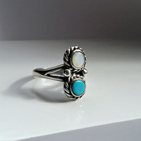 Vintage Native American Ring - Turquoise & Mother of Pearl Ring - Silver and Turquoise - Vintage Statement Ring - Ring Size 5 - Pinky Ring