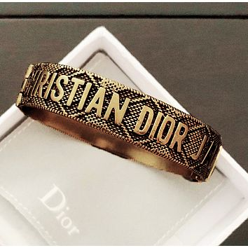 DIOR Hot Sale Newest Retro Woman Stylish Letter Bracelet Accessories