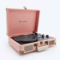 Crosley Cruiser Turntable UK Plug in Pink - Urban Outfitters