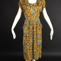 1940s Floral Print Rayon Dress, Bust-40