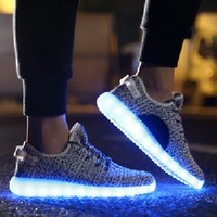 JustCreat 7 Colors LED Luminous Unisex Sneakers Men & Women USB Charging Light Colorful Glowing Leisure Flat Shoes Sport Shoes (4, White)