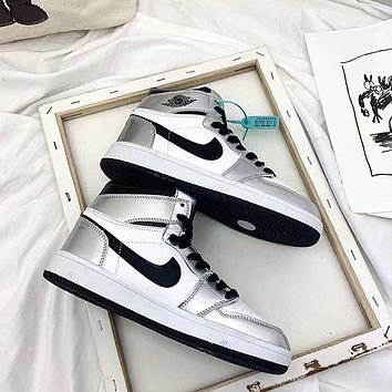 Air Jordan 1 AJ1 high-top silver toe sports basketball shoes