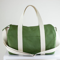 Green, Duffel Bag, Long and Adjustable Strap, Many Pockets on Outside, Gym Bag, Yoga Bag, Chic, Useful, Wide Zipper Closure, Unisex, Gift