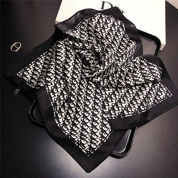 Dior Fashion Letter Silk Scarf Small Square Scarf Mulberry Silk Ladies Scarf Ladies Workwear Professional Tie