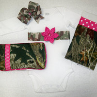 Pink Camo Baby Girl 4 Piece Gift Set - Onesuit, Hairbow, Burp Cloth, and Wipe Case - Baby Girl Pink and Camo