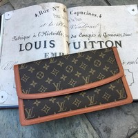 Louis Vuitton Monogram Pochette Dame GM Clutch