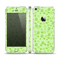 The Vibrant Green Paw Prints Skin Set for the Apple iPhone 5