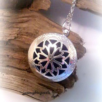 Aromatherapy Locket Necklace,Diffuser Necklace,Perfume Locket Necklace,Homeopathic Jewelry,Fragrance Necklace,Ready to Ship,Direct Checkout
