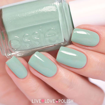 Essie Turquoise and Caicos Nail Polish