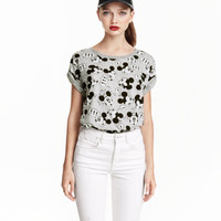 H&M T-shirt with Printed Design $17.99