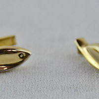 Swank Gold Cufflinks Classic Retro Carved Fish Design