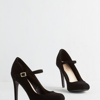 Vintage Inspired Shoe Had Me At Hello Heel in Noir