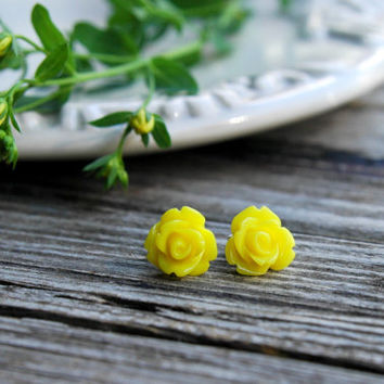 Yellow Rose Earrings . Rose Studs . Yellow Bridesmaid Jewelry . Flower Girl Jewelry . Flower Stud Earrings . Yellow Wedding Bridesmaid Gift
