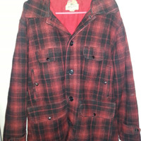 Vintage 1940s Red and Black Plaid Johnson Woolen Mills Inc. Wool Hunting Jacket - Size 44 -