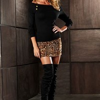 Sweater, skirt and boots from VENUS
