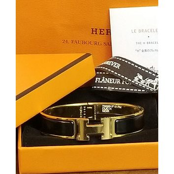 Hermes PM H Clic Clac Black Enamel Gold Bangle Bracelet NIB AUTHENTIC CLASSIC