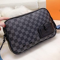 LV Louis Vuitton New fashion tartan print leather couple shoulder bag crossbody bag