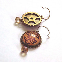 Gold Seal of Rassilon Antique Brass Clockwork Earrings