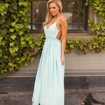 Detailed in Lace Top and Crinkled Bottom Maxi Dress in Blue