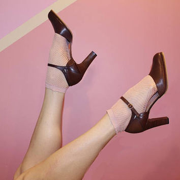 Vintage 70s 80s BROWN ANKLE STRAP Heels / Chestnut Leather Pumps / Rounded Point Toe / Side Cutouts / Size 10 us, 8.5 aus, 7.5 uk, 42 eu