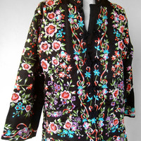 Vintage Floral Embroidered Asian Boho Jacket Size 8 Loose Fit Polyester/Cotton Blend